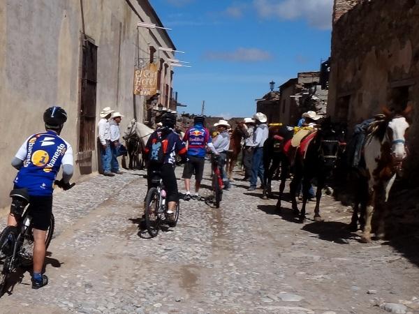 Ecoturismo a pie, en bicicleta y a caballo,Real de Catorce SLP