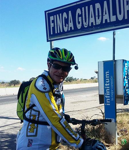 Termina visita cicloturista en Tlayecac, Morelos. Carretera Cuautla-Izúcar
