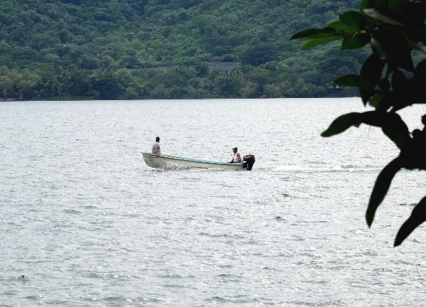 Paseo en lancha Laguna de Sta. Ma. del Oro, Nayarit