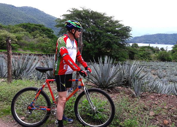 Cicloturismo, agaves y Laguna de Sta. Ma. del Oro, Nayarit, México