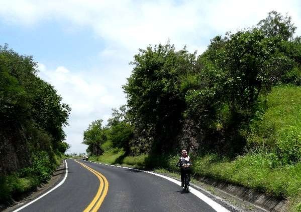 Ascenso montaña, Ruta Chichimeca 2017, tramo Cuautla-Izúc