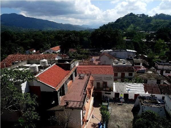 Panorámica del Pueblo Mágico de TAPIJULAPA Tabasco, enclavado en la sierra, Diciembre  2017. Cicloturismo