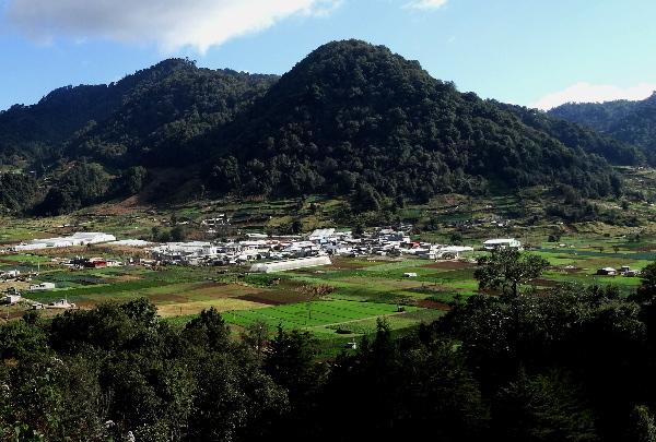 Valle de Zinacantán Chiapas, espacio sagrado rodeado de montañas. Cicloturismo 2017