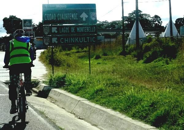 Entronque carretera Comitán-Lagunas de Montebello-Cd. Cuahutémoc, Chiapas. Cicloturismo 2017