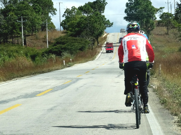 Carretera a Lagunas de Montebello Chiapas. Ciclotrismo 2017