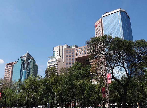 Zona hotelera de Chapultepec-Polanco, Paseo de la Reforma, senderismo urbano Cd. de México